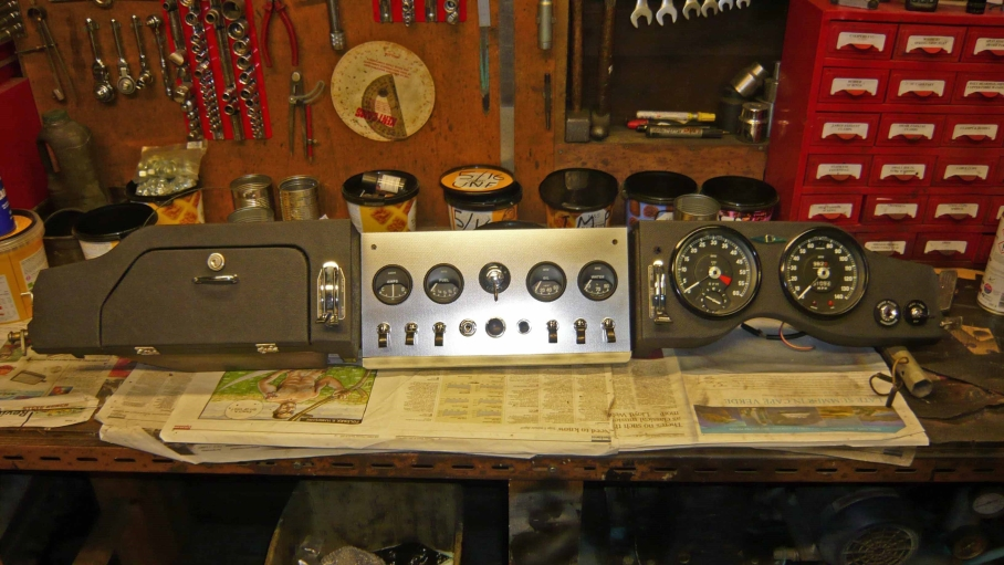 E type haguar dashboard